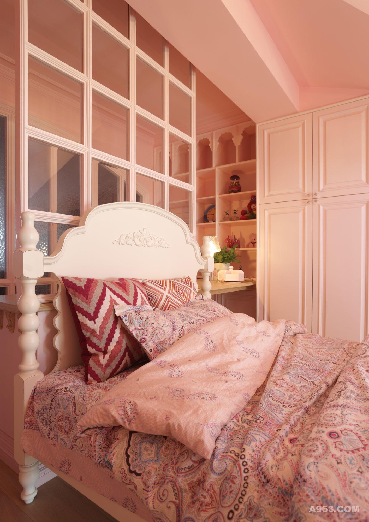 床 家居 家具 起居室 设计 卧室 装修 1414_2000 竖版 竖屏